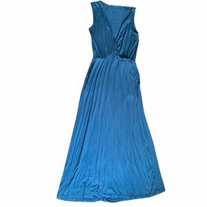 Blue sleeveless deep plunge maxi dress with pocket